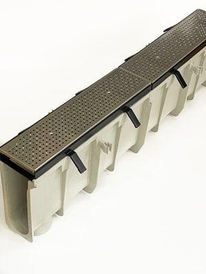swiftdrain-kennel-drain-600-stainless-steel
